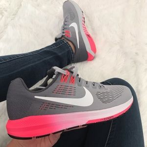 NWT Nike Air Zoom Structure 21